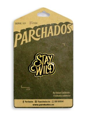 fotoproducto_pin_stay_wild_parchados_empaque